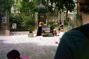 Marionette Show at Abbesses Metro