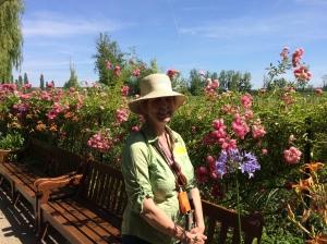 Chapeau in Monet's Garden